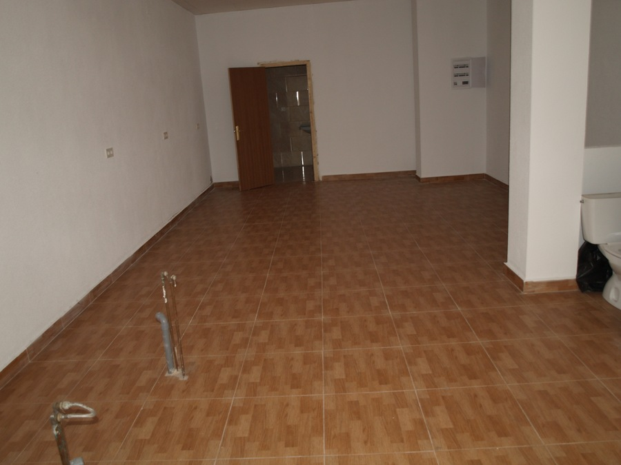 279: Commercial for sale in  - Torrevieja
