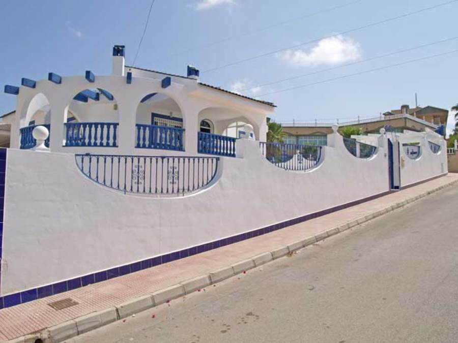 221: Villa for sale in  - Ciudad Quesada