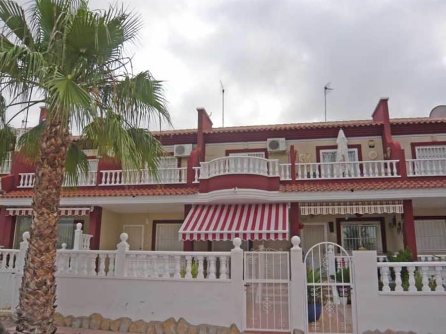 Q002: Town House in Ciudad Quesada