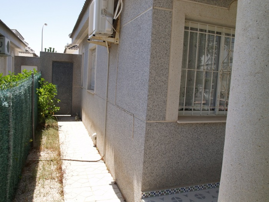 293: Bungalow for sale in  - Torrevieja
