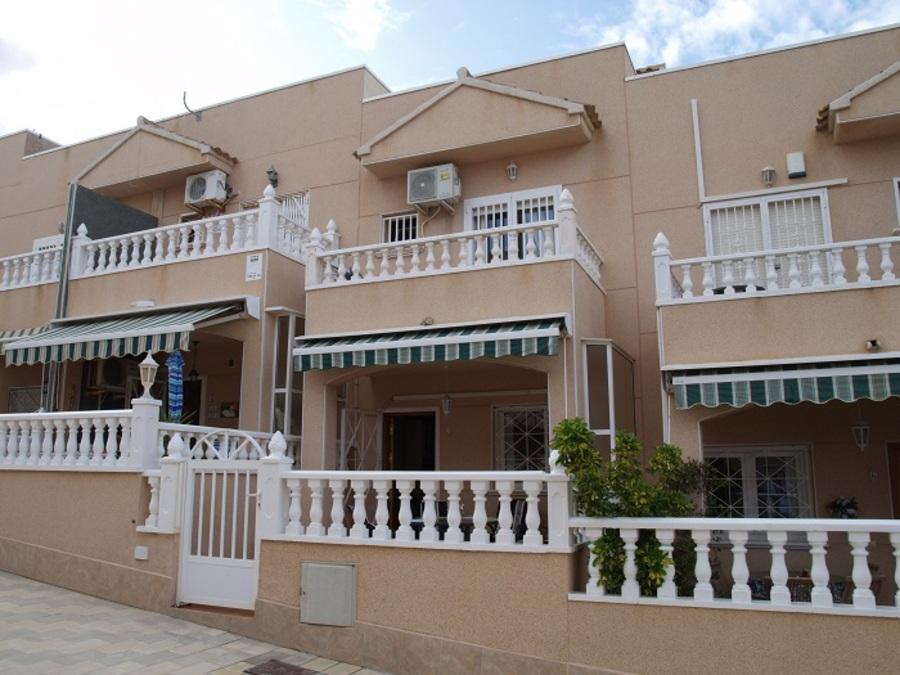 295: Town House for sale in  - La Mata