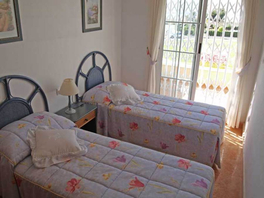 241: Town House for sale in  - Torrevieja