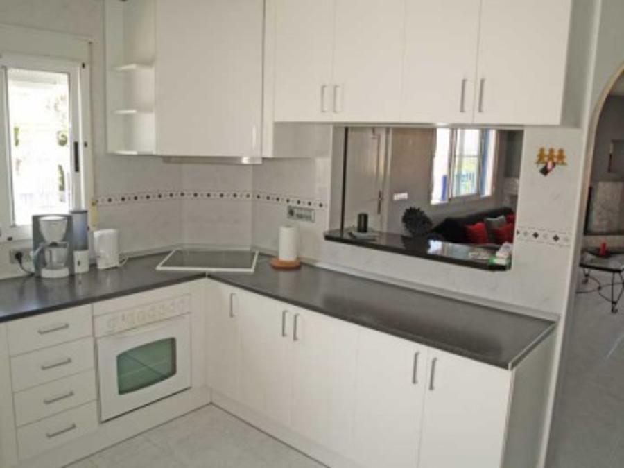 Q003: Villa for rent in  - Ciudad Quesada
