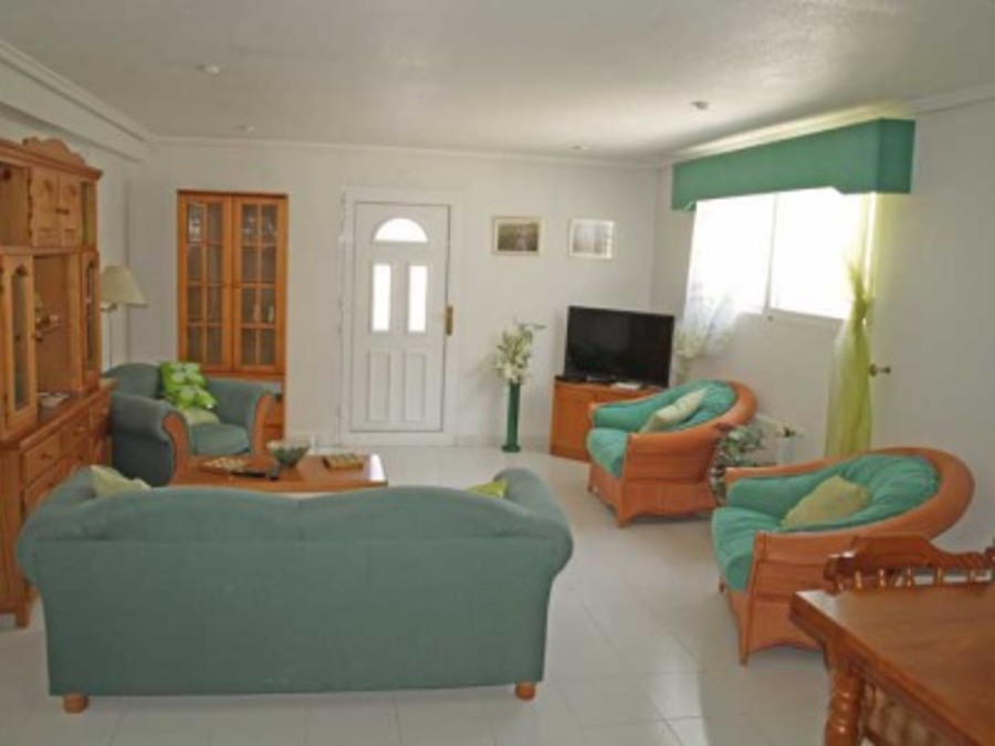 Q003: Villa for rent in  - Ciudad Quesada